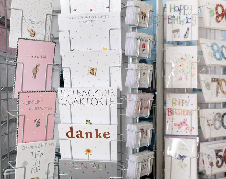 Karten- und Geschenkpapier Papierschlange